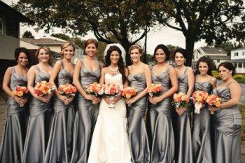 Как выбрать наряды для подружек невесты