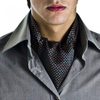 Как завязать мужской шейный платок